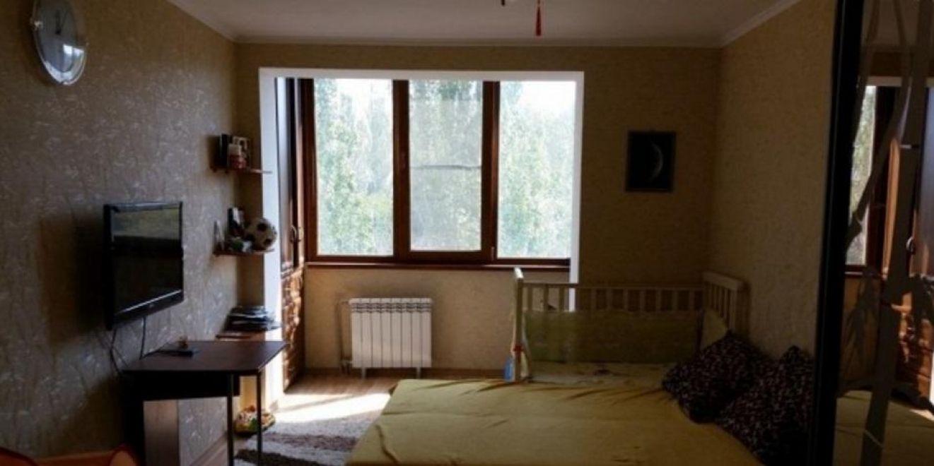 Квартира, 71 кв. м, Улица Хрусталева, 115