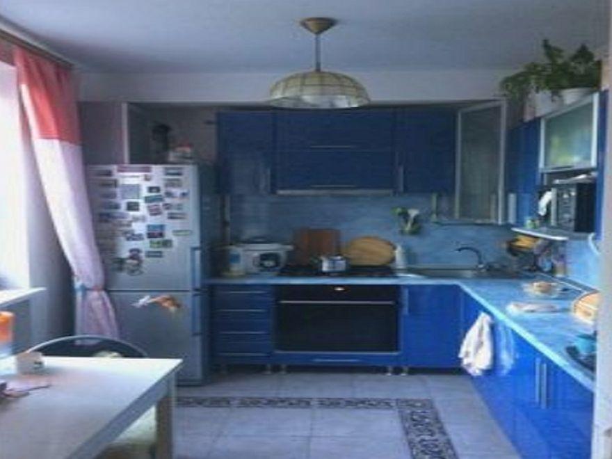 Продается двухкомнатная квартира-студия в Севастополе на ул. Хрусталева
