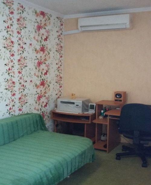 Квартира, 46 кв. м, Улица Маршала Крылова, 17, Продажа