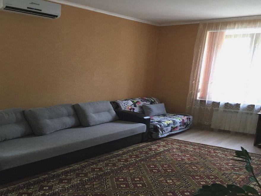 Продается однокомнатная квартира в  центре города Севастополя на ул.Одесской