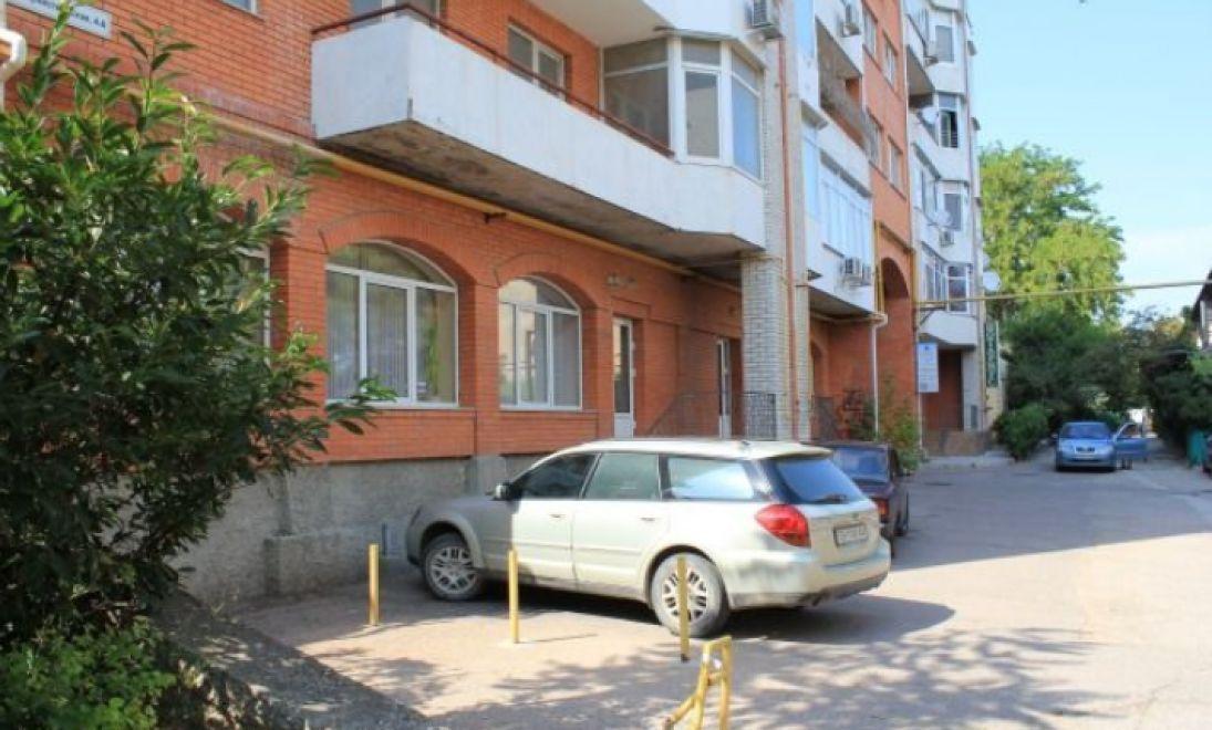 Продается коммерческое помещение в центре Севастополя  150 кв. м