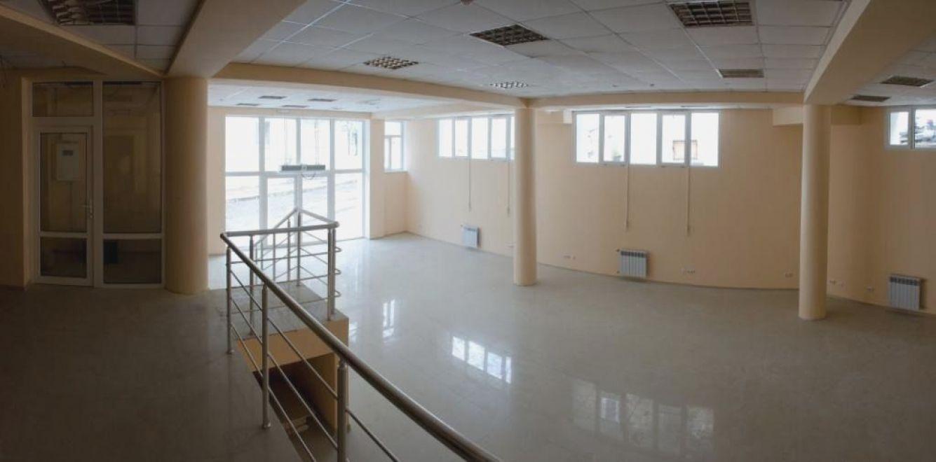 Коммерческая, 330 кв. м, Улица Суворова, 39А