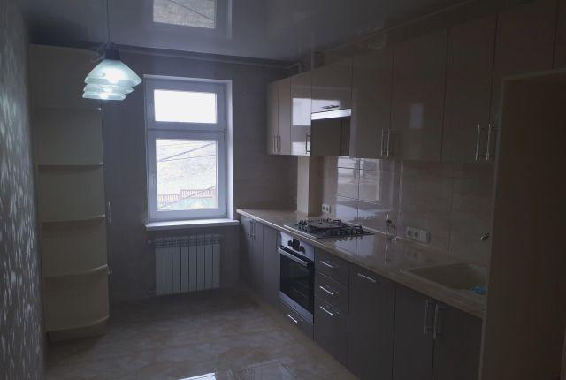 Квартира, 60 кв. м, Улица Комбрига Потапова, 24