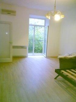 Продается однокомнатная квартира в Севастополе на ул. Спуске Шестакова (ЦЕНТР)